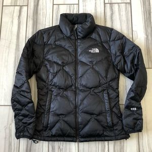 The North Face 550 Down jacket. EUC